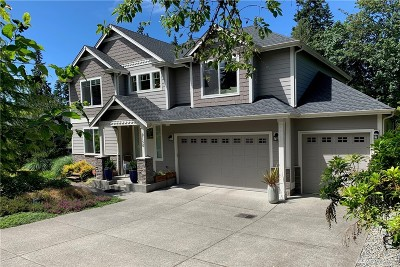 Bainbridge Island Single Family Home For Sale: 9150 Burlingame Ct NE