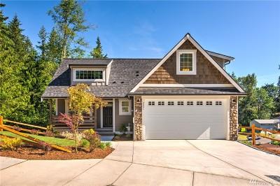 Bellingham Single Family Home For Sale: 2401 Elmhurst Ct