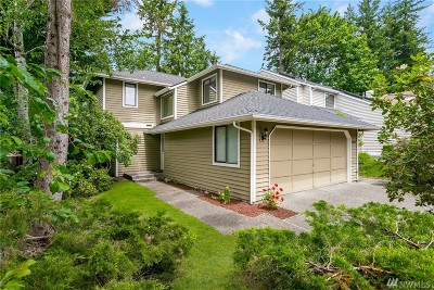 Sammamish Single Family Home For Sale: 24224 SE 43rd Place