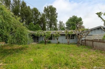 Sumner Single Family Home For Sale: 7516 Riverside Dr E