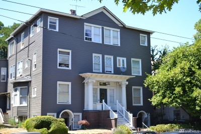 Seattle Multi Family Home For Sale: 5033 Brooklyn Ave NE