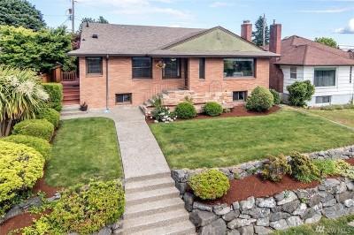 Single Family Home Sold: 2006 Brashem Ave