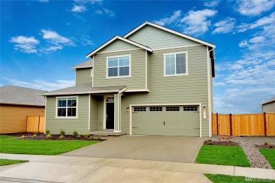 Enumclaw Single Family Home For Sale: 907 Bondgard Ave E