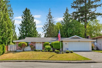 Bellevue Single Family Home For Sale: 900 147th Ave SE
