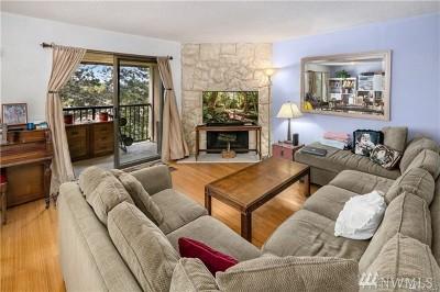 Kirkland Condo/Townhouse For Sale: 14449 127th Lane NE #S30