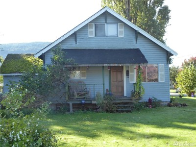 Sedro Woolley Single Family Home Pending Inspection: 701 Marshall Ave