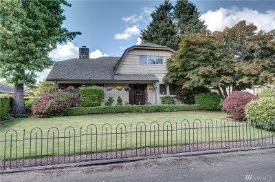 Lakewood Single Family Home For Sale: 6113 85th St SW