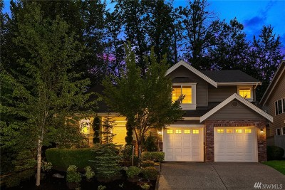 Renton Single Family Home For Sale: 800 S 36th Place