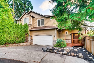Kenmore Single Family Home For Sale: 8233 NE 163rd Place