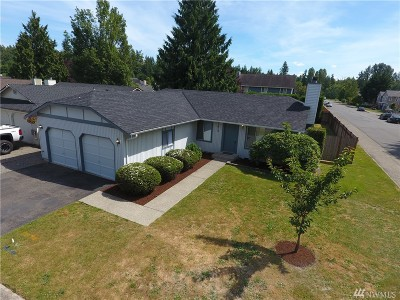 Maple Valley Single Family Home For Sale: 21613 SE 237th St