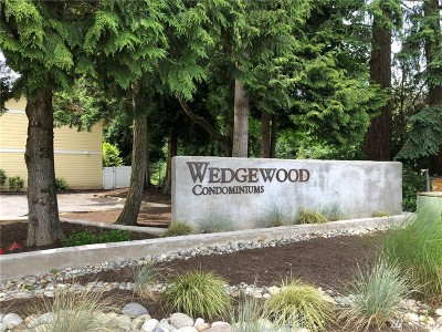 Bellevue Condo/Townhouse For Sale: 14650 NE 50th Pl #H-7