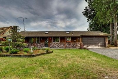 Lynden Single Family Home For Sale: 8558 Lynnwood Dr