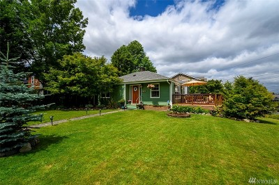 Seattle Single Family Home For Sale: 3852 NE 93rd St