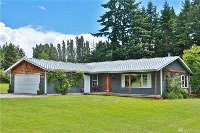 Clinton WA Single Family Home For Sale: $464,000