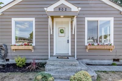 Marysville Single Family Home For Sale: 902 Beach Ave