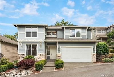 Renton Single Family Home For Sale: 3708 Lincoln Ct NE