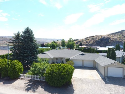 Pateros Single Family Home For Sale: 477 Warren Ave