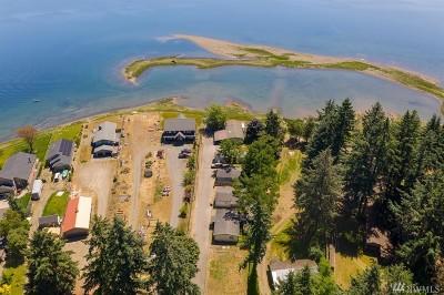 Mason County Multi Family Home Pending Inspection: 4881 NE North Shore Rd