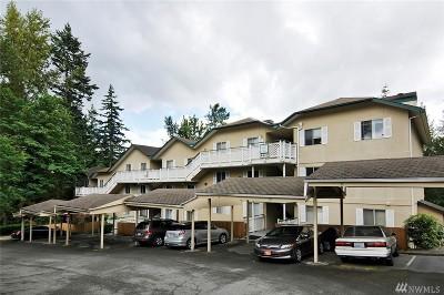 Redmond Condo/Townhouse For Sale: 8805 166th Ave NE #B01