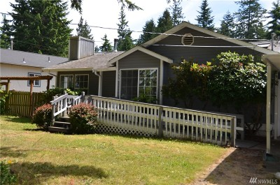 Camano Island Single Family Home For Sale: 2956 Janet Ave