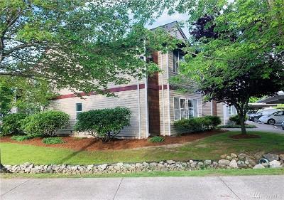 Whatcom County Condo/Townhouse Pending Inspection: 647 Horton Wy #135