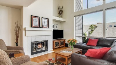 Redmond Condo/Townhouse For Sale: 7250 Old Redmond Rd #L-145