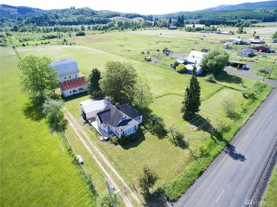 Single Family Home For Sale: 143 Mauerman Rd