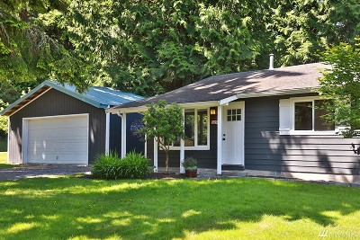 Langley Single Family Home For Sale: 5090 Hodges Ave