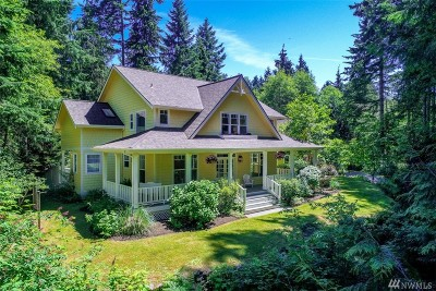 Bainbridge Island Single Family Home For Sale: 8655 NE Stager Ct