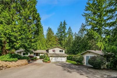 Redmond Single Family Home For Sale: 3619 W Ames Lake Dr NE