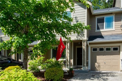 Puyallup Condo/Townhouse For Sale: 17616 79th Av Ct E #58