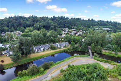 Bothell Condo/Townhouse For Sale: 10822 E Riverside Dr #A-203