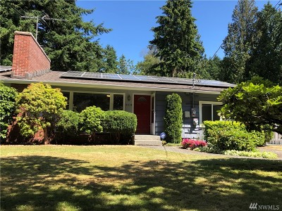 Shoreline Single Family Home For Sale: 18334 Dayton Place N