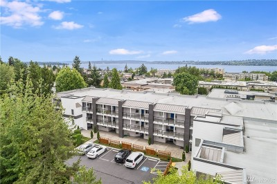 Kirkland Condo/Townhouse For Sale: 410 2nd Ave S #305