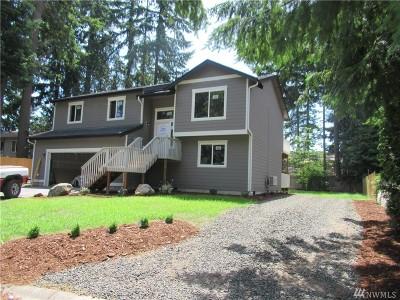 Port Orchard Single Family Home Pending Inspection: 3874 SE Castlewood Dr