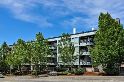 Seattle Condo/Townhouse For Sale: 3501 SW Holden St #307