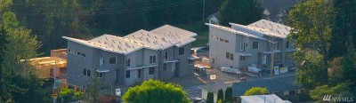 Renton Single Family Home For Sale: 1972 NE 7th Court