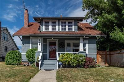 Tacoma WA Single Family Home For Sale: $305,000