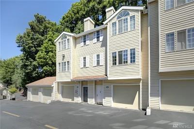 Bellevue Condo/Townhouse For Sale: 2580 118th Ave SE #2-102
