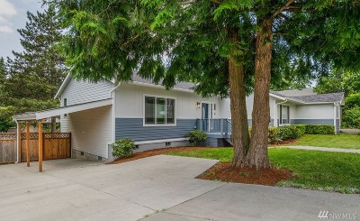 Shoreline Single Family Home For Sale: 23422 76th Ave W