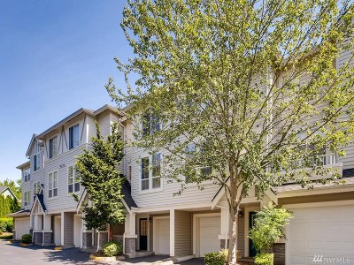 Issaquah Condo/Townhouse For Sale: 4482 249th Terr SE