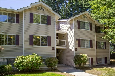 Lake Forest Park Condo/Townhouse For Sale: 19230 Forest Park Dr NE #G223
