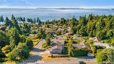 Edmonds Single Family Home For Sale: 18017 Talbot Rd