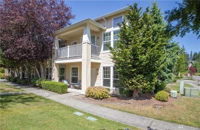 Redmond Condo/Townhouse For Sale: 22615 NE Alder Crest Dr #102