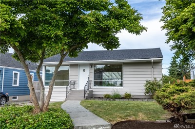 Everett Single Family Home For Sale: 1108 Oakes Ave