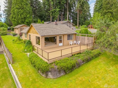 Stanwood Single Family Home Contingent: 4321 Peninsula Rd