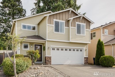 Lynnwood Condo/Townhouse For Sale: 2227 178th St SW #25