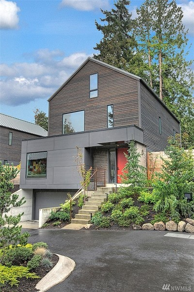 Seattle Single Family Home For Sale: 6019 53rd Ave NE
