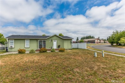 Yelm Single Family Home For Sale: 15315 SE 107th Lp