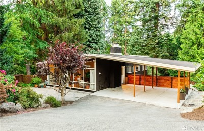 Bellevue Single Family Home For Sale: 10640 Woodhaven Lane